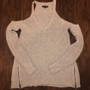 American Eagle cold shoulder sweater
